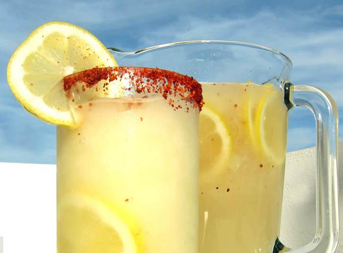 Spicy lemonade frappé